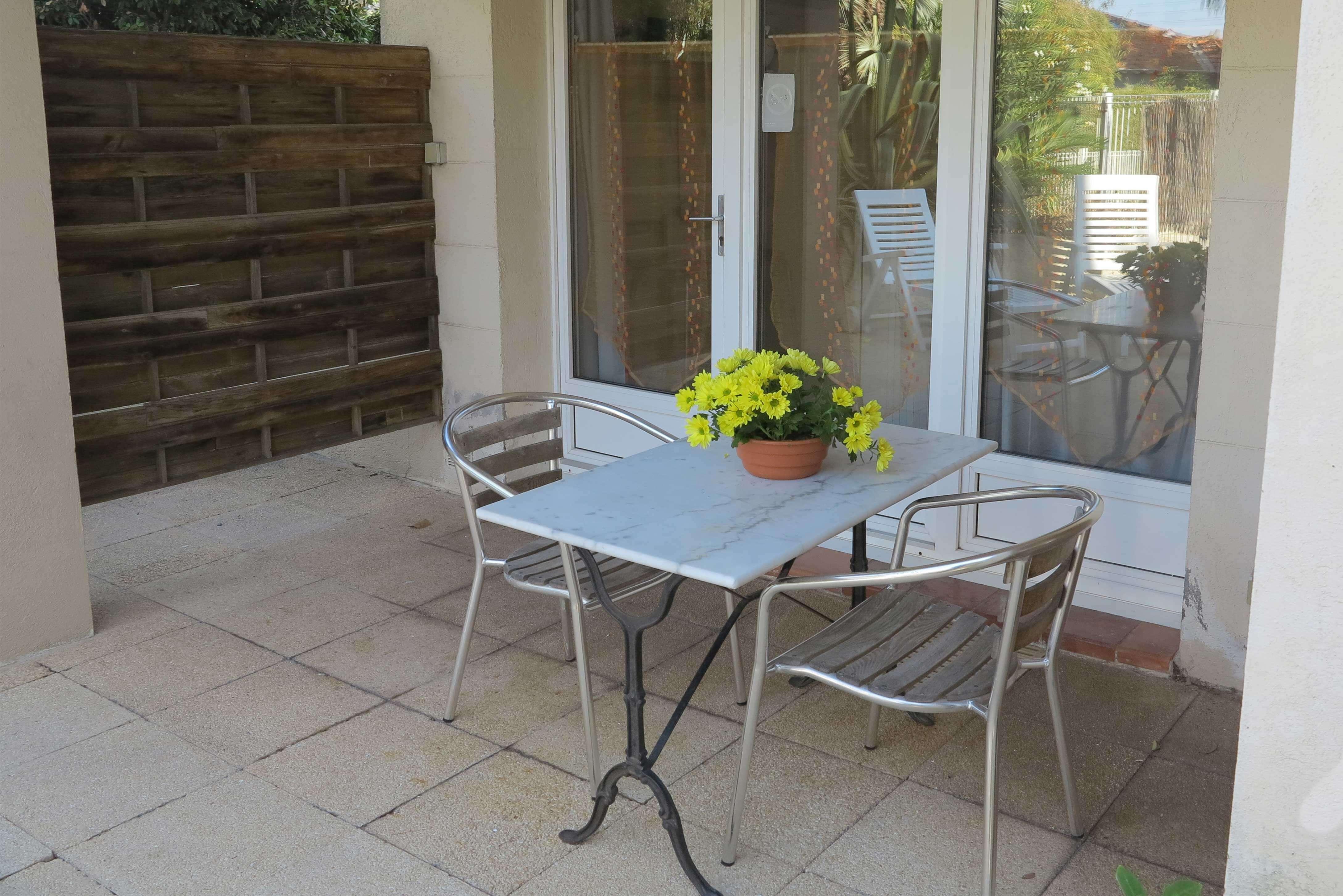 appartement location terrasse extérieure et chilienne